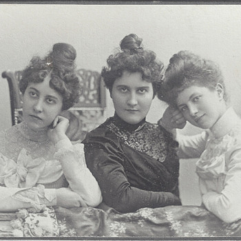 The Three Graces CDV by Emil Flasche of Barmen, Germany - Photographs