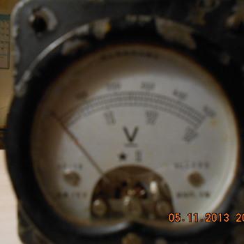 WWII Yokogawa voltmeter - Military and Wartime