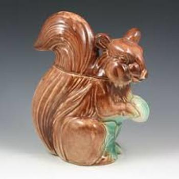 Fox Squirrel Jar