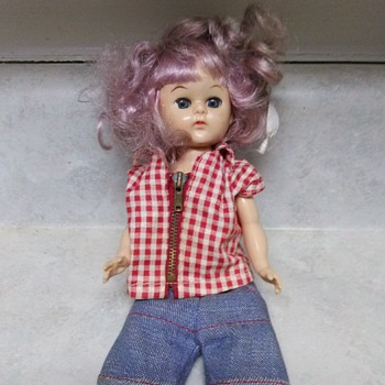 PURPLE HAIR VOGUE DOLL - Dolls