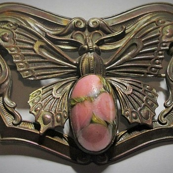 French Art Nouveau Bronze Sash Pin, Rhodonite, Night Butterflies, Late 1800 - Animals
