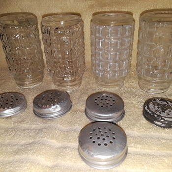 four old glass salt/pepper shakers, Hazel-Atlas & Anchor-Hocking - China and Dinnerware