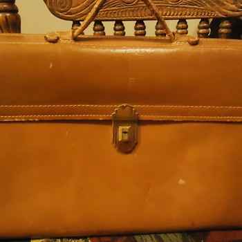1950's briefcase,  unusual story?! - Bags
