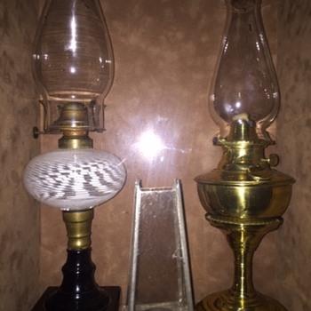 Fine American Antique oil lamps - Lamps