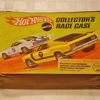1969 Hot Wheels Redline Carrying Case - Model Cars