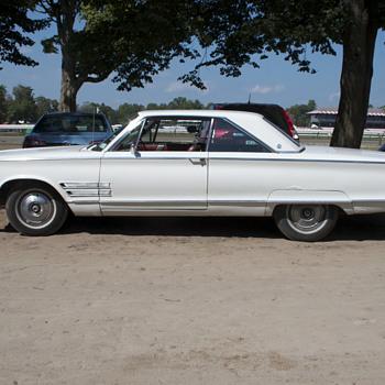 70s Era Chrysler Coupé