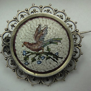 Micro Mosaic Brooch depicting a bird on a branch set in silver. - Fine Jewelry
