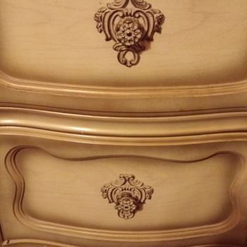 Provincial? Style Bedroom Furniture - Furniture