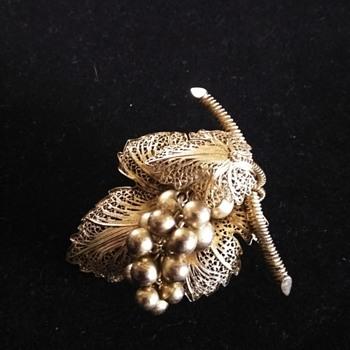Goldtone filigree grape brooch - Costume Jewelry