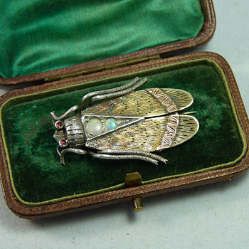 Large Victorian Silver, Gold & Opal Cicada Brooch - Fine Jewelry