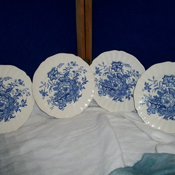 ROYAL DOULTON - VINTAGE DINNERWARE - China and Dinnerware