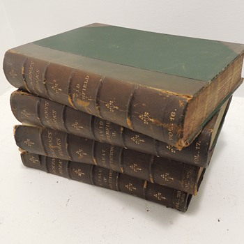 Looking for help from book collectors!  DICKENS'S WORKS - LONDON CHAPMAN & HALL: 1889
