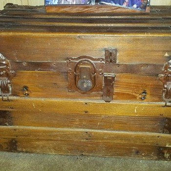 Yale & Towne Trunk given to me - Furniture