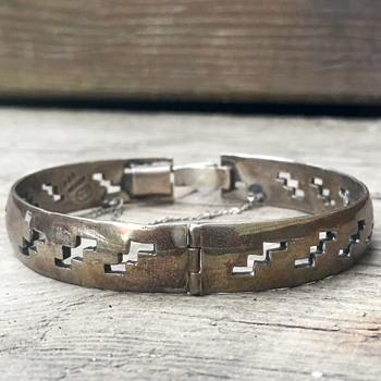 Vintage Mexico Sterling Silver Bracelet Bangle - Fine Jewelry