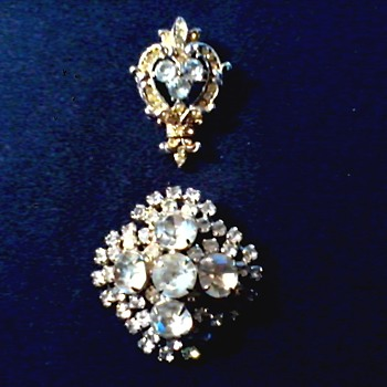 More Vintage Brooches / Circa 20th Century - Costume Jewelry