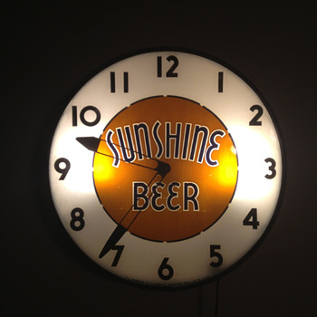 Sunshine Beer Clock - Breweriana
