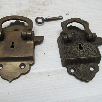 Door Knockers With Key ?????? - Tools and Hardware