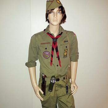 Saturday Evening Scout Post 1971 Boy Scout Uniform - Medals Pins and Badges