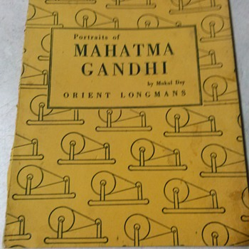 PORTRAITS OF MAHATMA GANDHI BY MUKUL DEY 1948 - Books