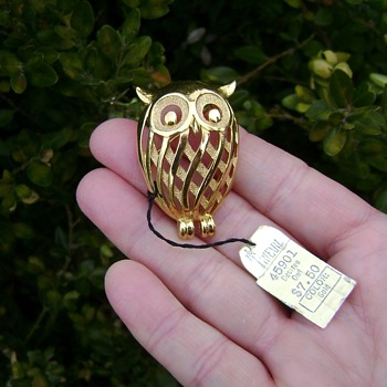 Trifari Owl Pin - Desiree Collection - Animals