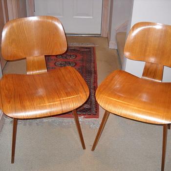 Vintage Charles Eames Chairs -Childhood Memories - Furniture