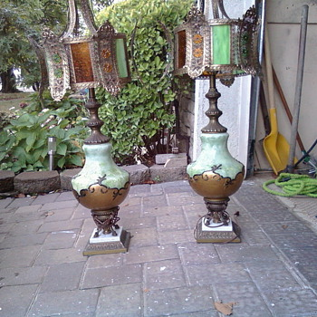 OLD LAMPS NO MARKINGS