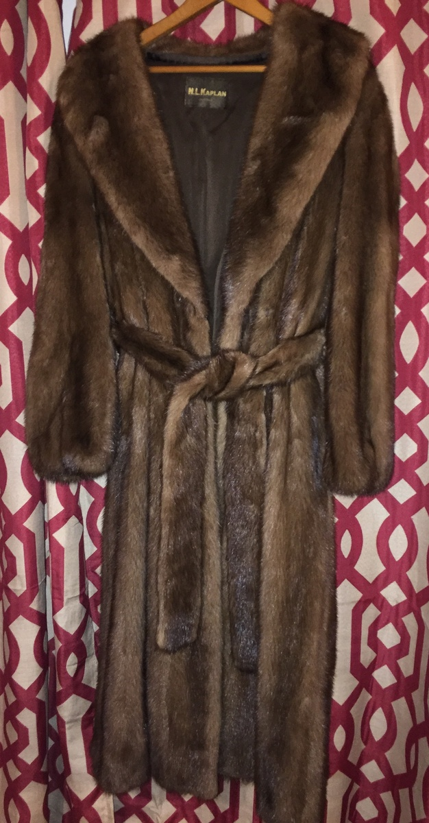 Vintage Fur Coats, Does Anyone know what kind of Furs theses are???? |  Collectors Weekly