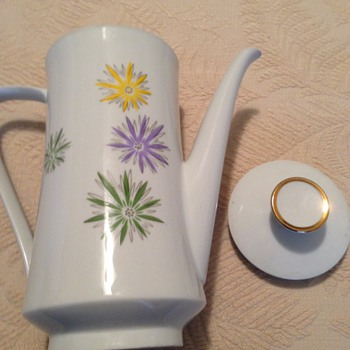 Z & Co. Tirschenreuth Coffee/Teapot  - China and Dinnerware