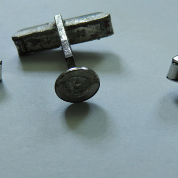 Make Your Own Cuff Links - PAT 2472858 - Accessories
