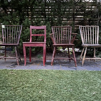 3 Windsor chairs? Other ? - Furniture