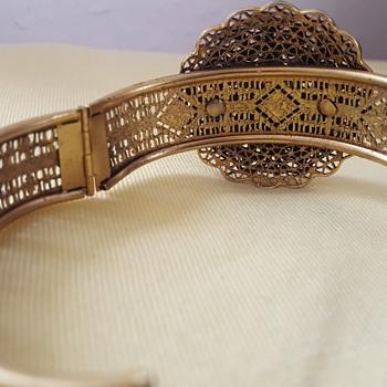 Gold tone Bracelet - Fine Jewelry