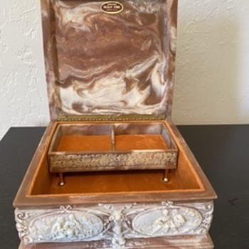 Genuine Inoclay Jewelry Box set - would love more info! - Fine Jewelry