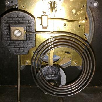 Enfield mantel clock - Clocks