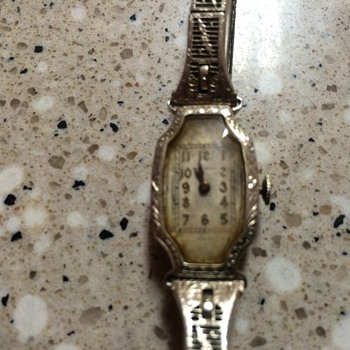 1936 Waltham watch 17 Jewels