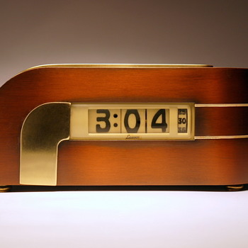 "Lawson Model 304 ""Zephyr"" - Clocks"