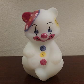 Fenton clown bear  - Art Glass