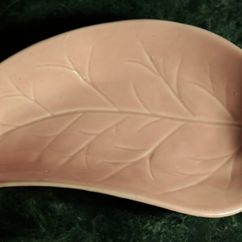 California Pottery Leaf Bowl - Pink - Pottery