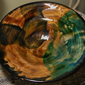 beautiful large bowl with great glaze - Pottery