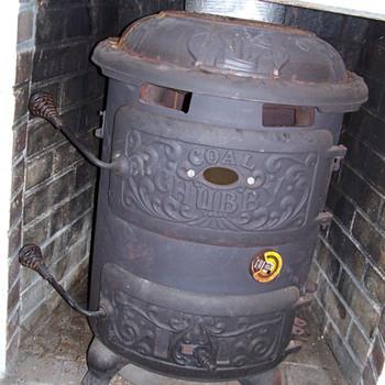 Chubby Coal Stove - Kitchen