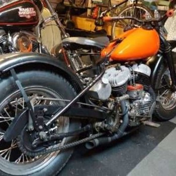 1942 Harley Davidson WLA - Motorcycles