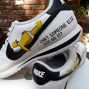 "NIKE ""Homer Simpson"" shoes - Shoes"
