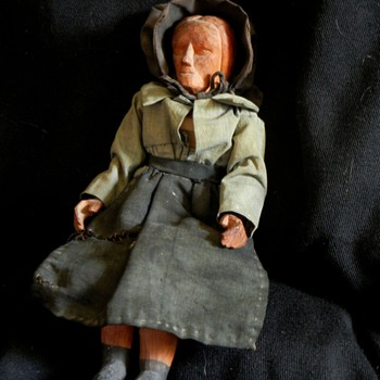 My grandmother's wooden doll - Dolls