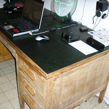 Help me identify old slate top desk - Furniture