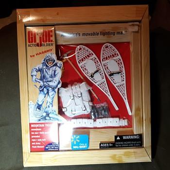 GI Joe Mountain Troops Set Walmart Edition 2004 - Toys