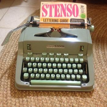 hermes 3000 typewriter