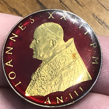 Looking for info on this - World Coins