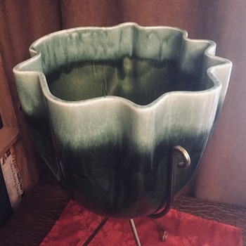 Hull Standing Planter (Jardinier) — Green in Brass Frame, 1950-60s - Pottery