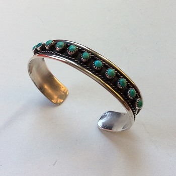 Turquoise sterling cuff bracelet. Zuni? Blu-Jay?