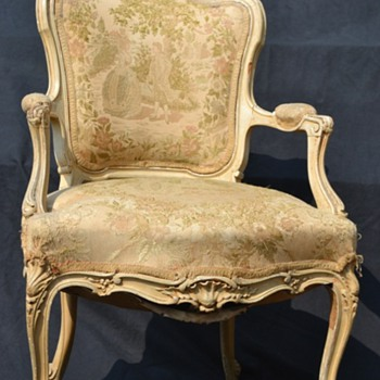 Please Help Identify This Chair : 1700s 1800s English ? Anything will help :) - Furniture