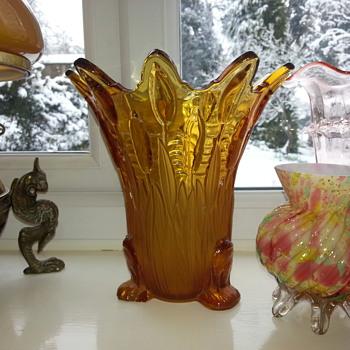 Sowerby Frog & Bulrush Vase - 30's - Art Glass